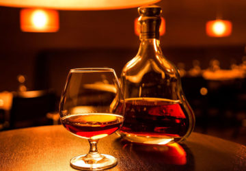 Qual e la differenza tra brandy e cognac