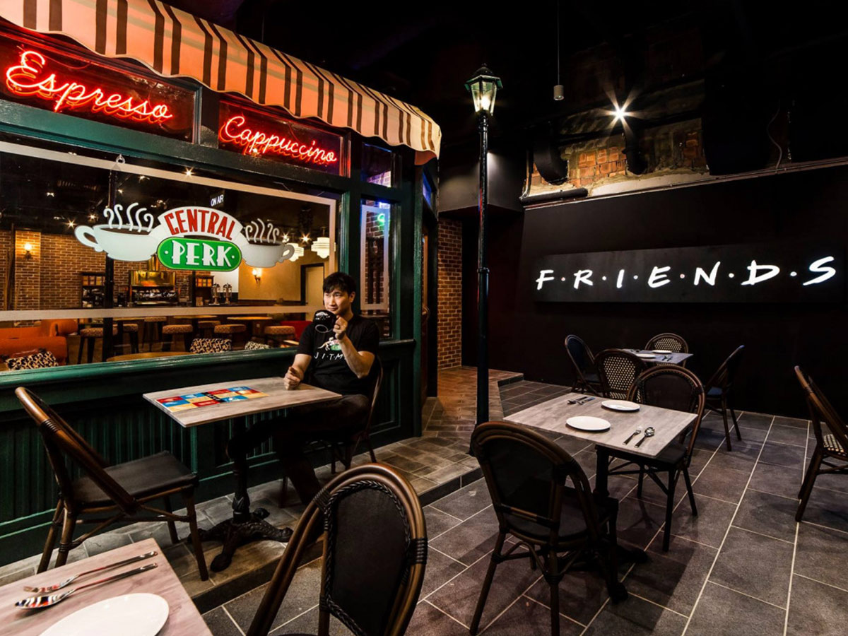 Il Central Perk di Singapore è una tappa obbligata per i fan di Friends bar