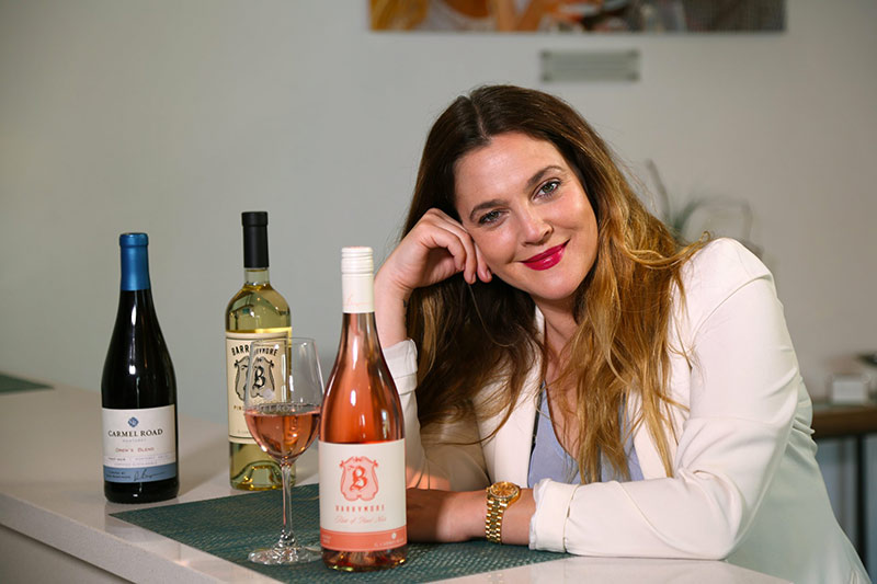 Celebrità e alcol, dagli eccessi al business Drew Barrymore Wine