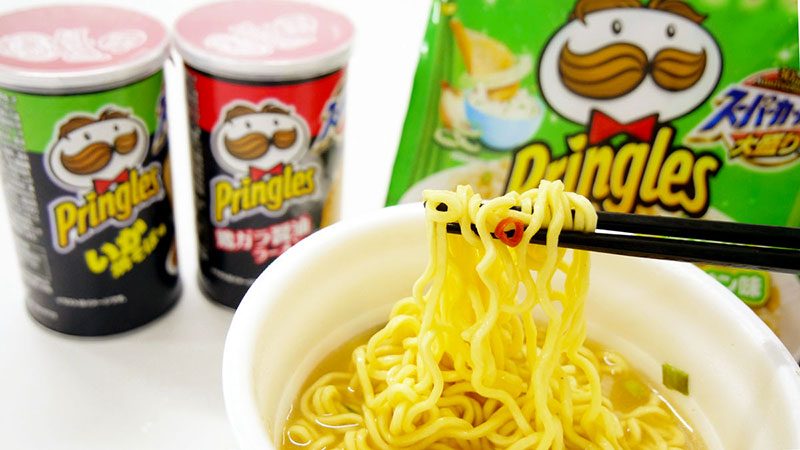 Noodle istantanei pringlesNoodle istantanei pringles