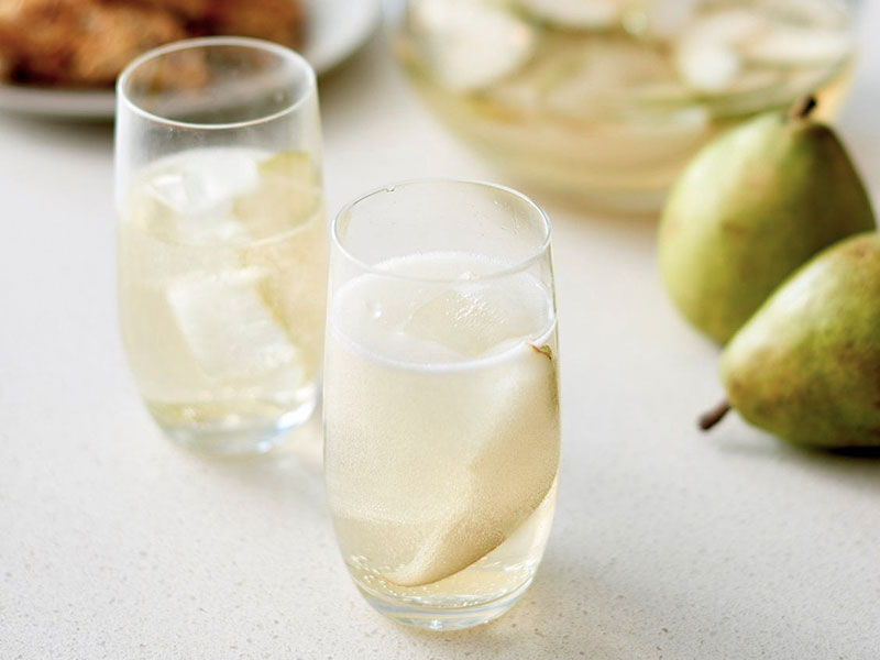Sparkling Pear Prosecco Punch